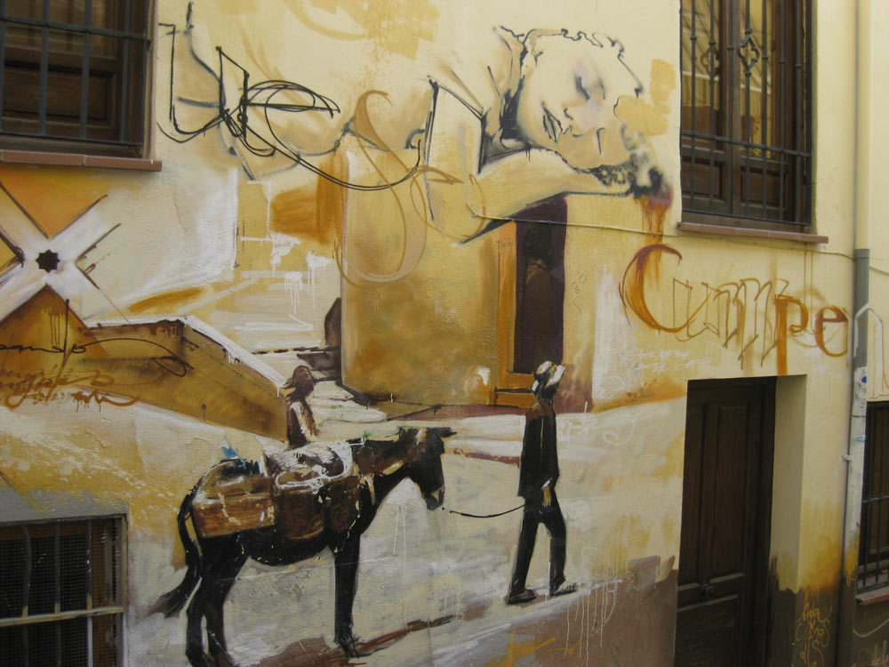 Where to find graffiti in granada
