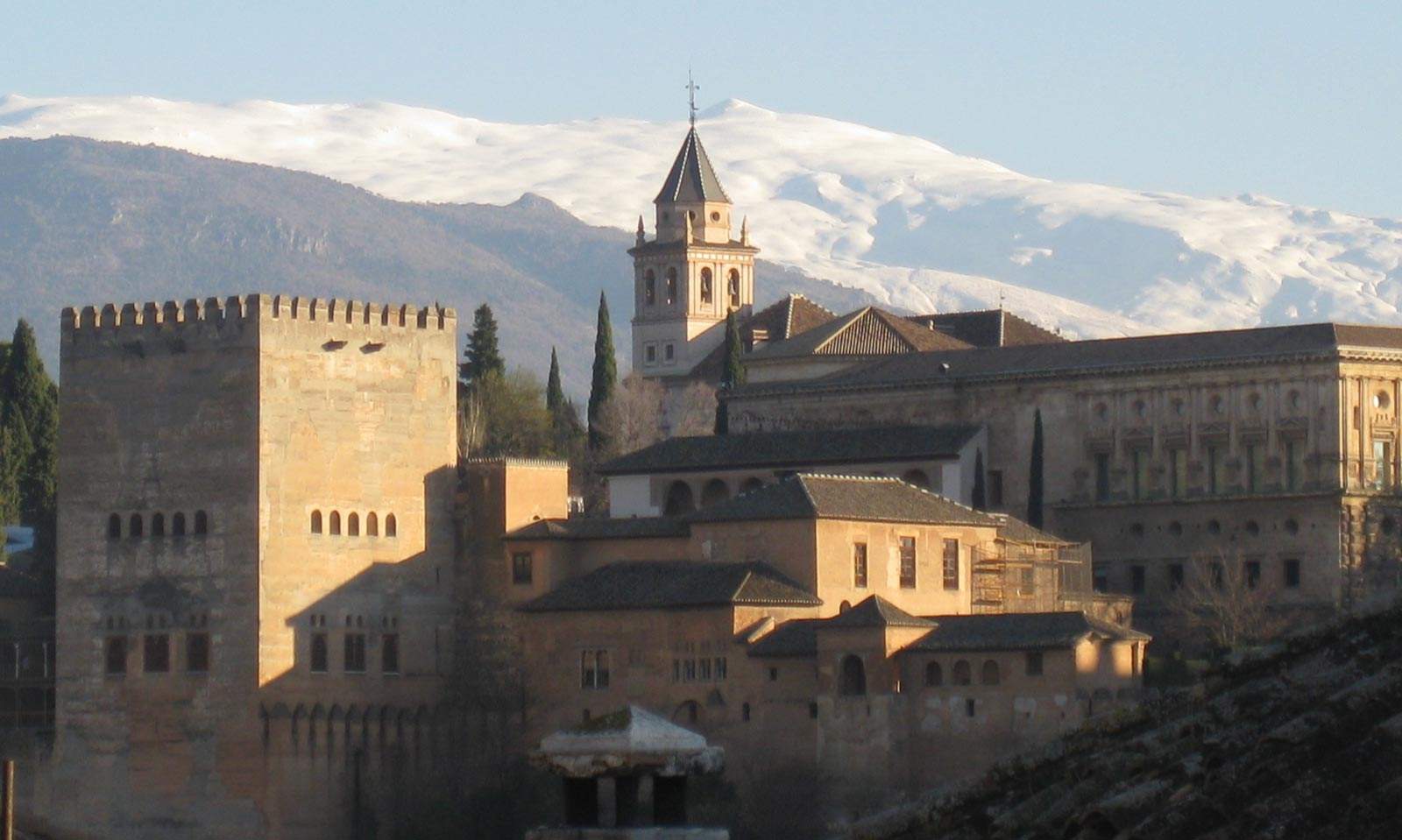 alhambra dating Alhambra (granada), spain  the alcazaba fortress is the oldest part of the alhambra complex, dating back to the 9th century and rebuilt since the maze-like ruins .